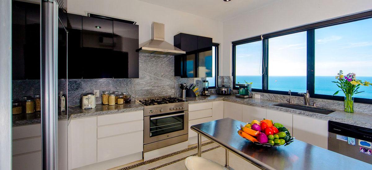 villa punta del cielo kitchen
