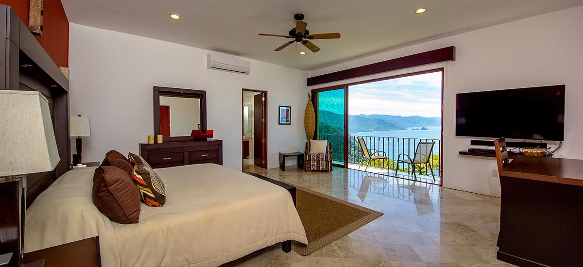 santa cruz villa bedroom