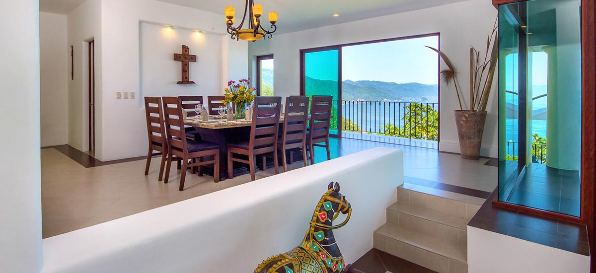 santa cruz villa dining