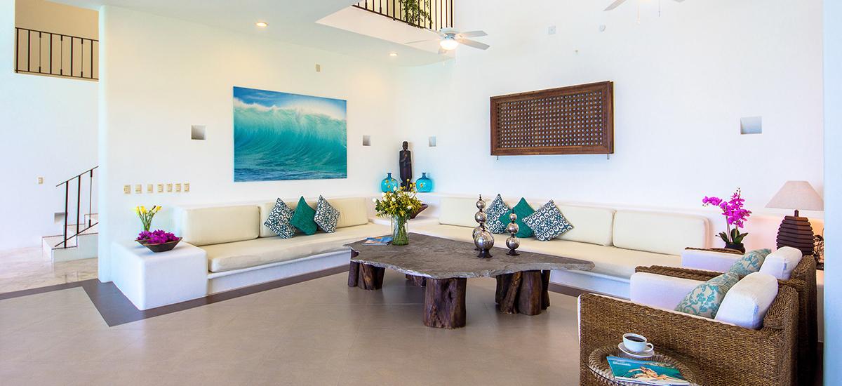 santa cruz villa living room 4