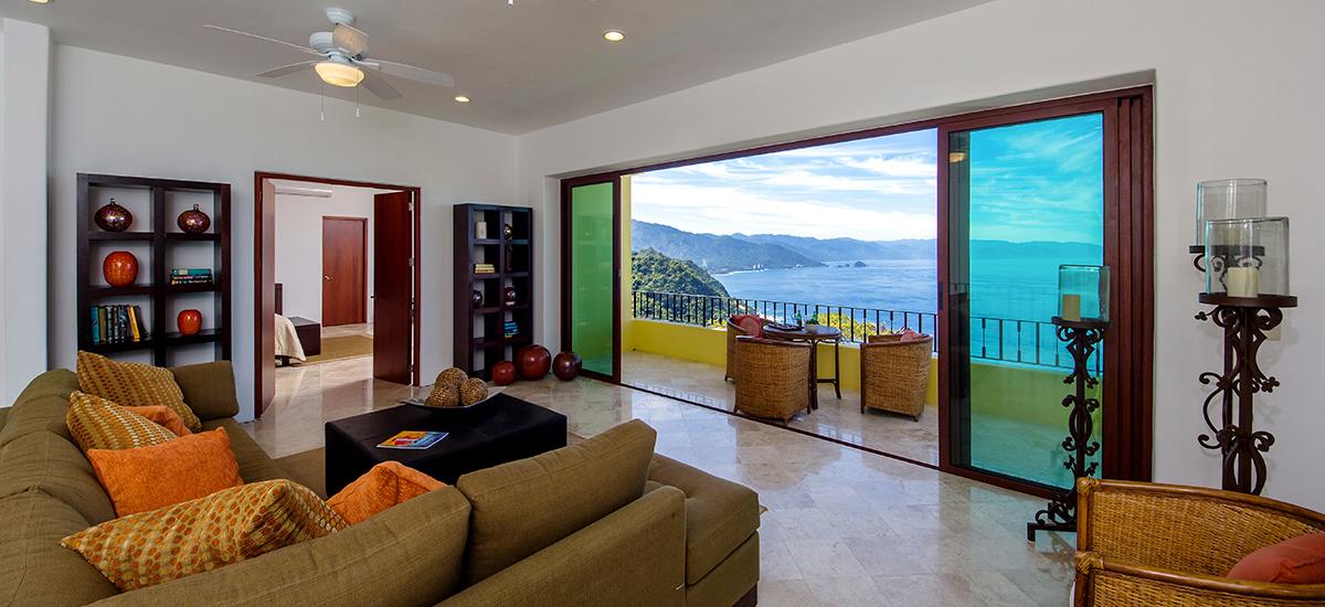 santa cruz villa living room