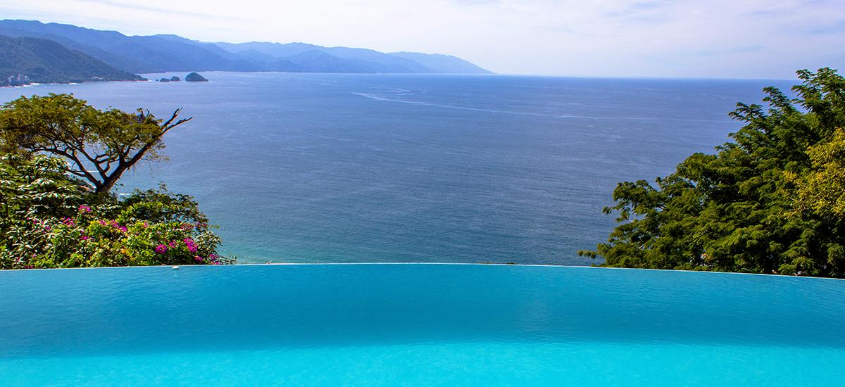 santa cruz villa pool