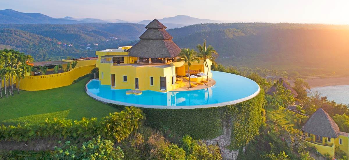 villa sol de oriente careyes view