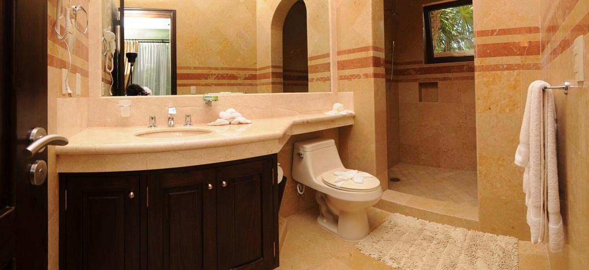 villa sueno del mar bathroom