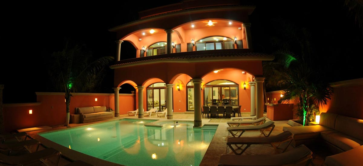 villa sueno del mar night front