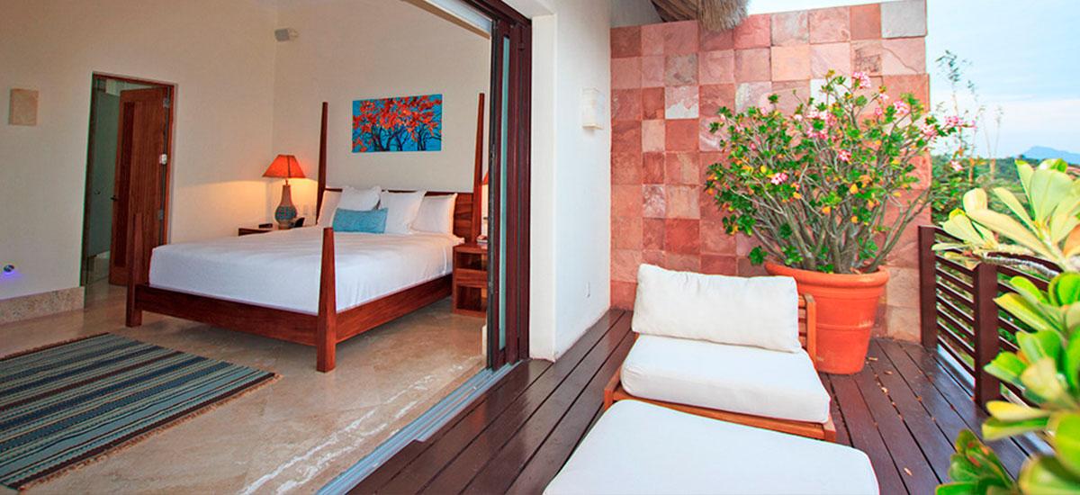 villa topacio bedroom and terrace