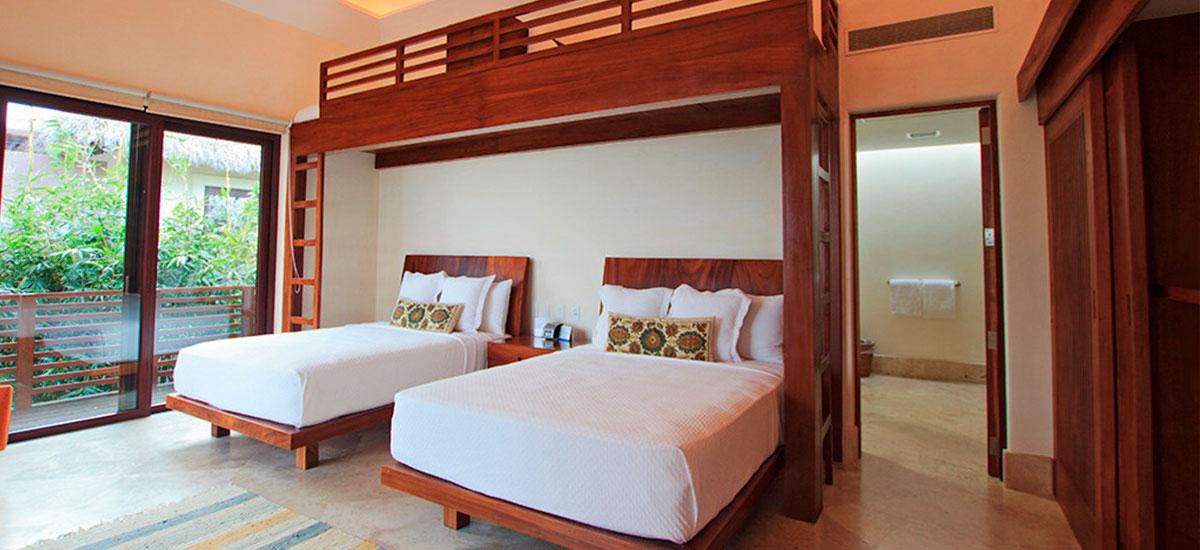 villa topacio bedroom twins