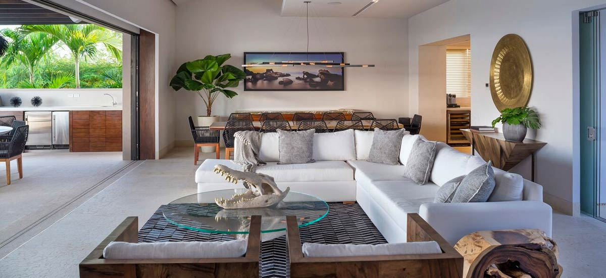 villa tres amores living room