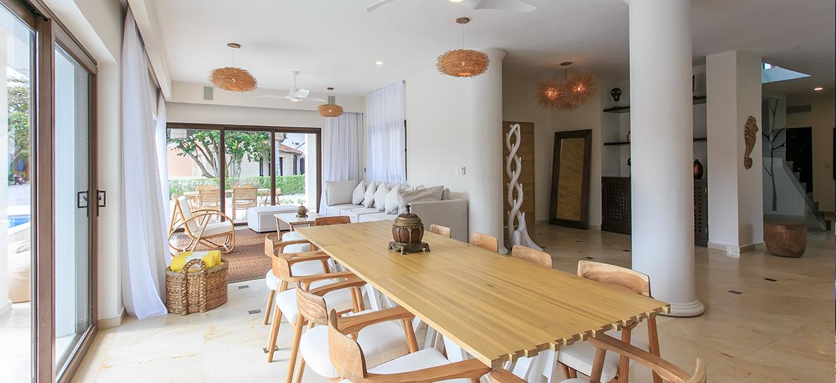 villa unica dining 2