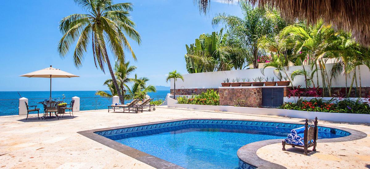 villa verde pool 2