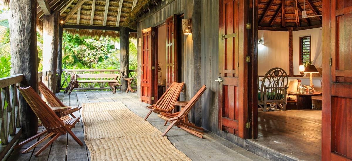 villa yuum ha chairs