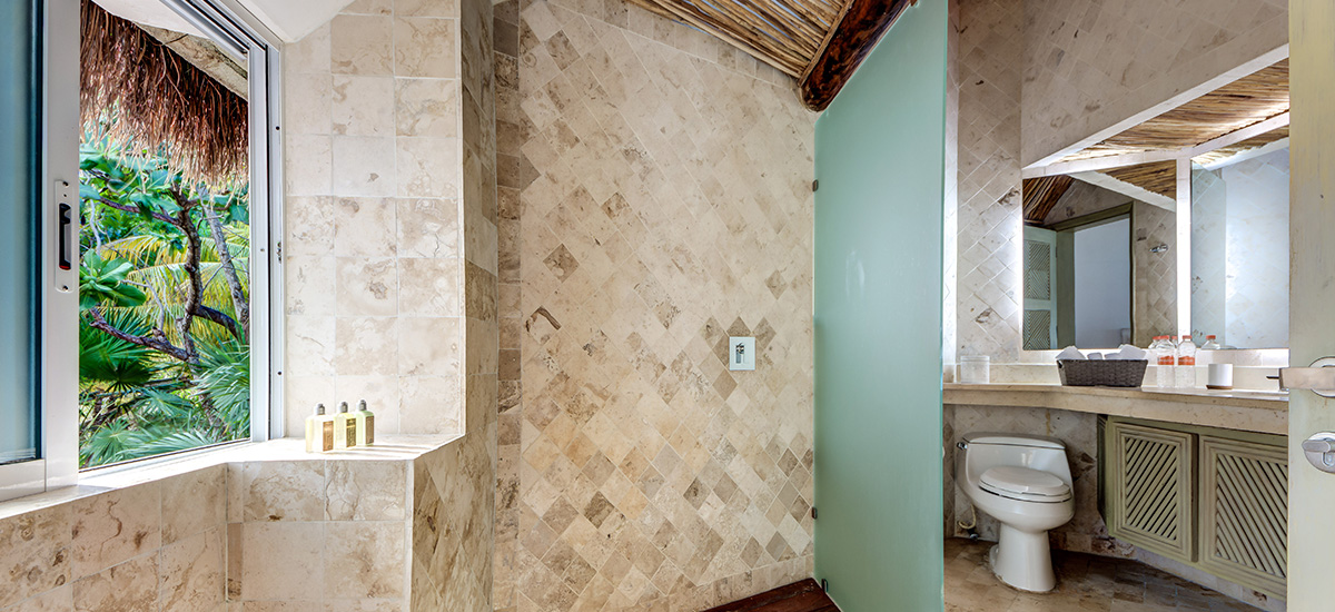villa zacil na riviera maya bathroom