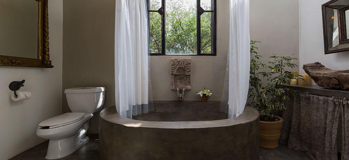 vista hermosa bathroom