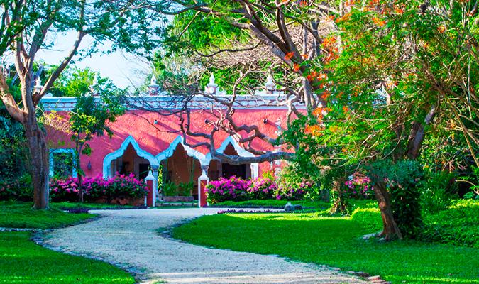 Hacienda Petac, Outside Merida